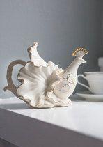 Elegant Arrangement Teapot | Mod Retro Vintage Kitchen | ModCloth.com