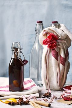 Get the Waitrose recipe for Christmas pudding spiced rum! This is great for lighting the Christmas pudding or for cocktails. You will need to prepare the rum at least two weeks before you plan to give it away. Christmas Food Gifts, Christmas Hamper, Christmas Cocktails, Xmas Food, Homemade Christmas Gifts, Christmas Baking, Christmas Recipes, Christmas Ideas, Homemade Gifts