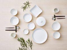 Iittala Teema Dinnerware, Open Round Salad/Serving Bowl, – White, H: Dia: – Tableware Design 2020 White Dinnerware, Porcelain Dinnerware, Home Design, Jewel Tone Colors, Vegetable Bowl, Basic Shapes, White Porcelain, Scandinavian Design, Interior Inspiration