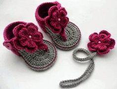 Santa Clara Artesanato: Sandálias de crochê para bebê Mais