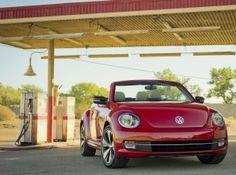 Volkswagen dévoilera sa Coccinelle Cabriolet 2013 au salon de l'auto de Los Angeles et c'est à découvrir sur le blog auto sélection !