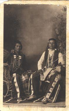 Shoshone Bannock Indians | by Moose Creek Estates.Flickr. Native American Pictures, Native American Artwork, Native American Quotes, Native American Tribes, Native American History, American Symbols, Native Indian, Indian Tribes, Cherokee