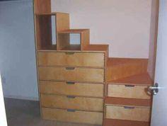 cambridge dresser stairs.jpg (20277 bytes)