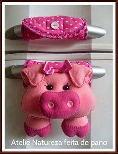 Ateliê NATUREZA feita de pano : Bichinhos de Feltro - Puxador de Geladeira de Porq...