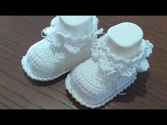 Sunburst Granny Square, Diy And Crafts, Crafts For Kids, Baptism Dress, Crochet Baby Shoes, Summer Wreath, Baby Booties, Baby Dolls, Baby Boy