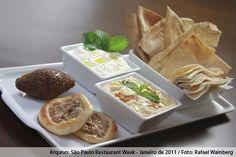 Folha de Uva - Jardins (almoço)    Mini porção de pastas  Homus / Babaganuche, com pão árabe e  torradas