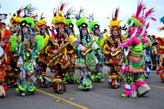 Mardi Gras Galveston: Enjoy the Colors - Insanity Is Not An Option