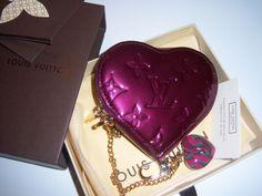 Porte-Monnaie coeur Louis VUITTON, neuf avec étiquette 324 €
