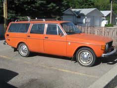 The only way to get to Thanksigiving dinner - a bright orange station wagon