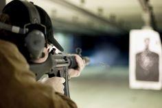 Gdzie postrzelać z pistoletu, karabinu lub strzelby w Polsce? Zobaczcie lokalizację i ofertę strzelnic w większości polskich miast. Sprawdź mały przegląd strzelnic w największych polskich miastach.