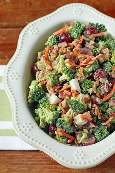 This lightened up Broccoli Salad is the perfect recipe to bring to a picnic, cookout or potluck. Just 140 calories or 4 Weight Watchers SmartPoints!