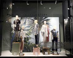 WEBSTA @ visualmerchandisingdaily - Spring style story #visualmerchandising #windowdisplay #retaillife #primark #london #visualmerchandiser #vmdaily Via @rebecca_patricia_bake