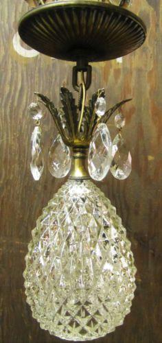DECORATIVE-ARTS-HANGING-PINEAPPLE-1930S-CRYSTAL-GLASS-PENDANT-LAMP-LIGHT-SWAG