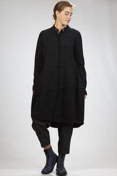 cappotto in panno leggero di lana cotta con nervature esterne - YUKAI