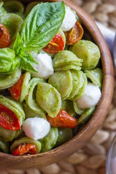 The classic Caprese salad flavor combination of tomato, basil, and mozzarella.  FRESH and full of FLAVOR!