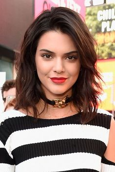 After:But of course, it is real — and so damn cute, we might add. Fresh, light, and perfectly on-trend, this cut is the perfect autumn update, especially if you're looking to lose ends damaged by summer swim and surf. #refinery29 http://www.refinery29.com/2016/10/125600/new-celebrity-hairstyles-lob-trend-photos#slide-8