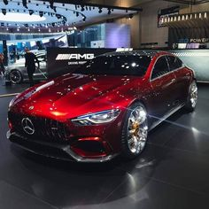 Daimler's mega brand Maybach was under Mercedes-Benz cars division until when the production stopped due to poor sales volumes. Mercedes-AMG became a Mercedes Benz Amg, Mercedes Auto, Luxury Boat, Top Luxury Cars, Luxury Suv, Luxury Sedans, 4 Door Sports Cars, Sport Cars, Porsche