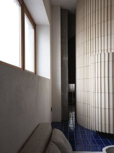 Ludivine Billaud, Cécile Bortoletti · Paris 10e Arrondissement · Divisare Paris Apartments, Small Apartments, Contemporary Architecture, Architecture Details, Beam Structure, Window Handles, Paris Restaurants, Wall Finishes, Entry Hall