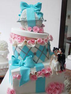 wc-slanted-pink-blue-white