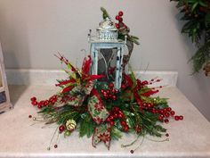 Have The Lanterns Would Be A Pretty Centerpiece Christmas Flowers Decorating