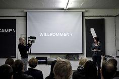 Nu er det nu! Daværende formand for SAMDATA, Pia Brade, byder velkommen til Betacamp 2012 \ Berlin