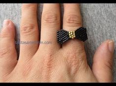 : Peyote ring with miyuki and swarovski beads beadng tutorial Seed Bead Tutorials, Jewelry Making Tutorials, Beading Tutorials, Beading Patterns, Seed Bead Jewelry, Bead Jewellery, Beaded Jewelry, Diy Jewelry, Jewelry Ideas