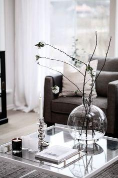 Home Decoration Ideas Images Home Living Room, Interior Design Living Room, Living Room Decor, Monochrome Interior, Minimalist Home Interior, Living Room Inspiration, Interiores Design, Interior Styling, Decoration
