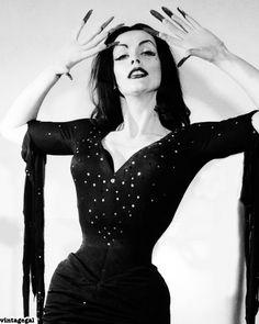 Vampira, Maila Nurmi- Born: 1922-12-11 - Died: 2008-01-10