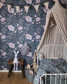 Beautiful wallpaper Ava Kubel Kids collection, home of @ radhuselva . Ikea Minnen Bed, Bunny Lamp, Cama Ikea, Little Girl Rooms, Nursery Inspiration, Soft Furnishings, Colorful Interiors, Kids Bedroom, Kids Decor