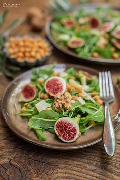 Rucola Parmesan Salat mit Backerbsen, Vorspeisen Rezepte, Salate, Salatideen,  Salatrezepte, Antipasti, veggie Vorspeise, einfache Vorspeisen, schnelle Rezepte,  gesundes Hauptspeisen, veggie Rezepte, veggie Gerichte, veggie Hauptspeise,  vegetarische Rezepte, vegetarische Rezeptideen, gesunde Rezepte, salad recipes,  veggie recipes, fast starter ideas, healthy recipe, salad to go Food Blogs, International Recipes, Creative Food, Cobb Salad, To Go, Vegetables, Easy Peasy, Parmesan, Low Carb