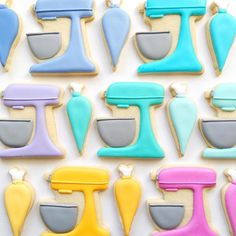 Colors of the Kitchen Aid Rainbow.  @hol_fox original  Make your own with our Kitchen Aid and Piping Bag Cookie Cutters! Link in profile ✌️ #cookiecutterkingdom