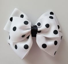 White and Black Hair Bow , This white and black polka dot hair bow will look great in any little girls hair. Little Girl Hairstyles, Cute Hairstyles, Black Hair Bows, Baby Bows, How To Make Bows, Hair Clips, Headbands, Little Girls, Polka Dot