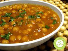 How to Prepare Chole Masala or Chana Masala Recipe...Are you mad about chole recipe taste? Searching for how to prepare chole masala? Here we are giving the steps for the recipe of chole masala, this is very famous as punjabi chole bhatura.