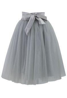 Jupon en tulle : Amore Tulle Skirt in Grey Retro Indie and Unique Fashion Unique Fashion, Fashion Check, Fashion News, Women's Fashion, Skirt Outfits, Dress Skirt, Waist Skirt, Grey Tulle Skirt, Tulle Skirts