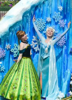 They look perfect. Close to how I'd imagine them. Festival of Fantasy Anna and Elsa (by crabangel)