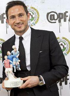 Frank Lampard shared the merit award by the PFA 2015 Chelsea Football, Chelsea Fc, Blue Flag, Sports Stars, Football Players, Bro, Affair, Blues, Soccer Players