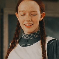 m i l s e d i t s — ♡ if u save Amybeth Mcnulty, Gilbert And Anne, Gilbert Blythe, Anne With An E, Anne Shirley, Cuthbert, Cute Icons, Anne Of Green Gables, Red Hair Color