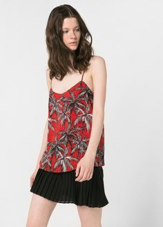 Palm print chiffon strap top with scoop neckline and inner lining. Sale Of The Day, Mango Fashion, Palm Print, Print Chiffon, Night Outfits, Latest Trends, Camisole Top, Dress Up, How To Wear
