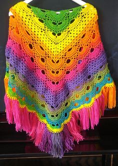 Beautiful modern shawl easily adapted to be made bigger or smaller