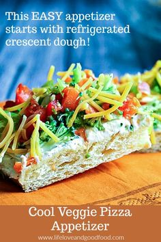 Veggie Pizza Appetizer starts with a refrigerated crescent dough!Cool Veggie Pizza Appetizer starts with a refrigerated crescent dough! Veggie Appetizers, Cold Appetizers, Appetizers For Party, Appetizer Recipes, Party Snacks, Pizza Recipes, Pool Snacks, Italian Appetizers, Appetizer Ideas