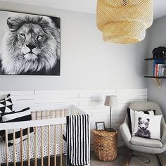 Monochrome black and white Safari Nursery with tan accents - Gender neutral black and white Nursery Safari Bedroom, Safari Theme Nursery, Boy Nursery Themes, Nursery Ideas, Grey Nursery Boy, Nursery Modern, White Nursery, Animal Nursery, Nursery World