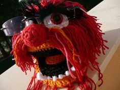 [Free Pattern] This Muppet Glasses Holder Is Brilliant! A Little Creativity Goes A Long Way - Knit And Crochet Daily