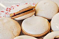 kruche ciasteczka z beza Cupcake Cookies, Cupcakes, Hamburger, Cooking Recipes, Sweets, Bread, Food, Christmas, Xmas