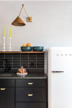 Mercury Inn: Thin Brick Backsplash | Fireclay Tile | Fireclay Tile Hexagon Tile Bathroom, Brick Bathroom, Kitchen Backsplash, Kitchen Appliances, Tile Tub Surround, Patterned Kitchen Tiles, Thin Brick, Fireclay Tile, Brick Flooring