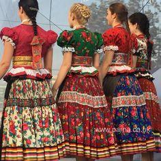 Folk Fashion, Ethnic Fashion, Traditional Fashion, Traditional Dresses, Costumes Around The World, Folk Dance, Europe Fashion, Folk Costume, World Cultures