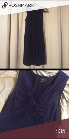 Classic midnight blue dress with pockets Cotton dress by Deletto purchased at Anthropologie, size small. This dress is comfy and versatile. The pockets are subtle and so useful! Hits above the knee. Anthropologie Dresses Mini