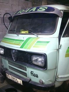 Alfa Romeo, Commercial Vehicle, Camper, Vans, Vehicles, Vans Classics, Learning, Common Carrier, Recreational Vehicles