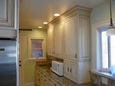 Rear wall cabinets. Kitchen design & remodeling by Danilo Nesovic, Designer · Builder (dndb.info)