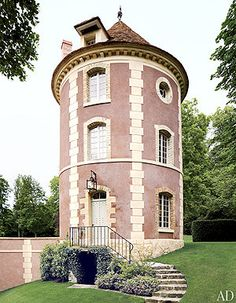 "The designer bought the home in 1995 and worked with interior decorator Henri Samuel to recreate each room together, completing their project the following year, two months before Samuel died in his 90s. ""I am quite particular and love to put my nose everywhere. Even if I admire the decorator, I have to say my opinion,"" Valentino says of his collaboration on the home. His penchant for Asian items has made the bright ""winter garden"" his favorite room."