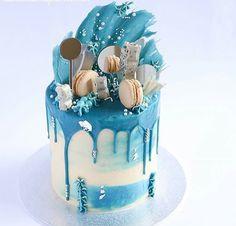 Pretty Cakes, Beautiful Cakes, Amazing Cakes, Tall Cakes, Big Cakes, Crazy Cakes, Cake Decorating Techniques, Cake Decorating Tips, Blue Drip Cake